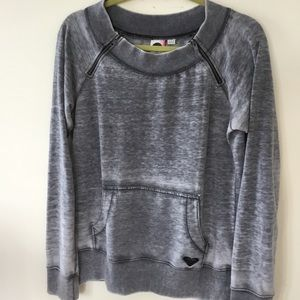 Roxy light weight sweatshirt in a marbled grey. L